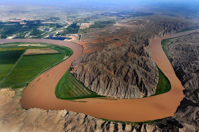 黄河青铜峡大峡谷