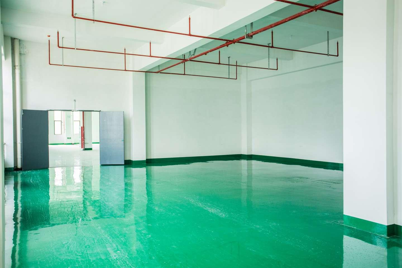120000平米标准工业化厂房免租